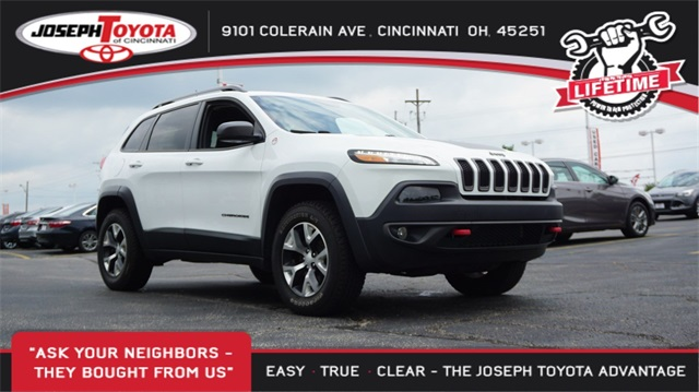 Pre-Owned 2018 Jeep Cherokee Trailhawk